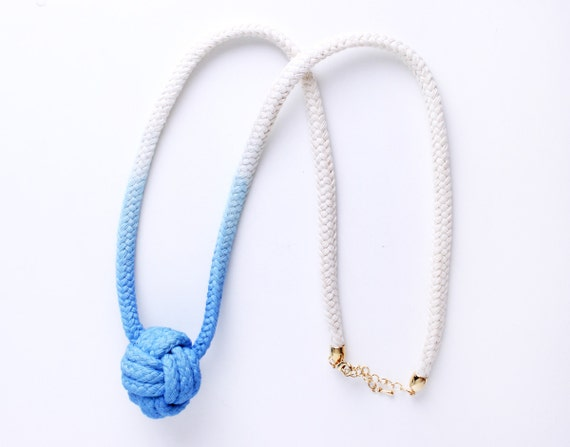 """Dip Dye - Cotton Rope Necklace in blue with """"Monkey's Fist"""""""