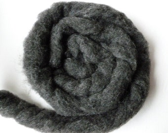 Wool Roving Charcoal Heather by Bartlett yarns