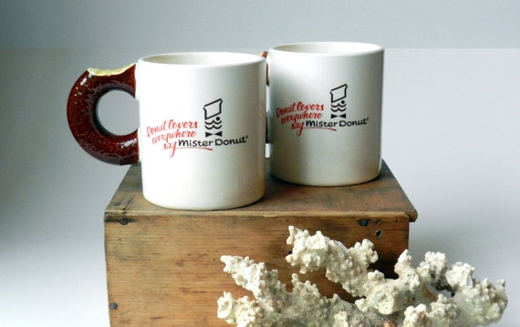 Vintage Mr. Donut Doughnut Handle Coffee Cups Mugs Set of 2
