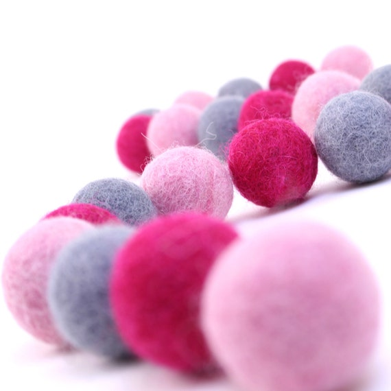 Felt Balls // DIY Garland // DIY Mobile // Princess Color Set // 2.5 cm // 30 Count