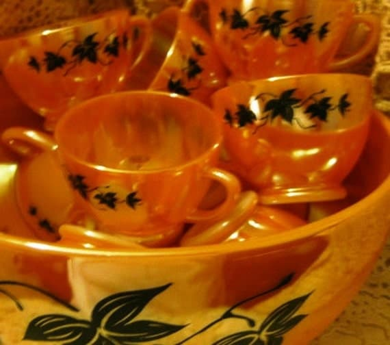 Rare Eggnog Bowl with 10 cups in SHINY Lusterware  Fantastic Condition FREE ship to USA