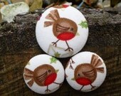 Christmas Robin fabric covered buttons.