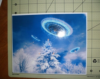 UFO Christmas scenic sticker