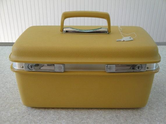 Vintage Samsonite Train Case Make Up Case Travel Case Yellow Luggage