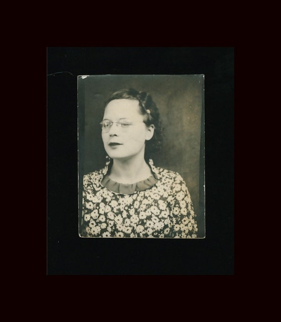 Vintage Photo Booth, 1930s: Gal with Spectacles & Floral Print Dress