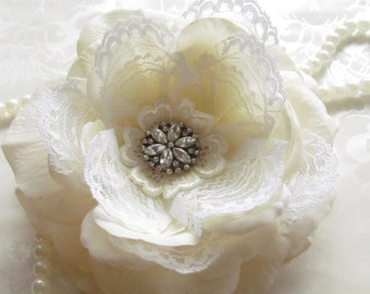Off-white Bridal Hair Flower/ Ivory Hair Flower / Romantic and Shabby Chic  / Margaret
