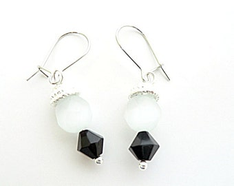 Elegant Black and White Earrings Nickle free hypo-allergenic