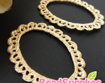 CH-ME-02236- Matted gold plated, Lace charm/connector, oval , 4 pcs