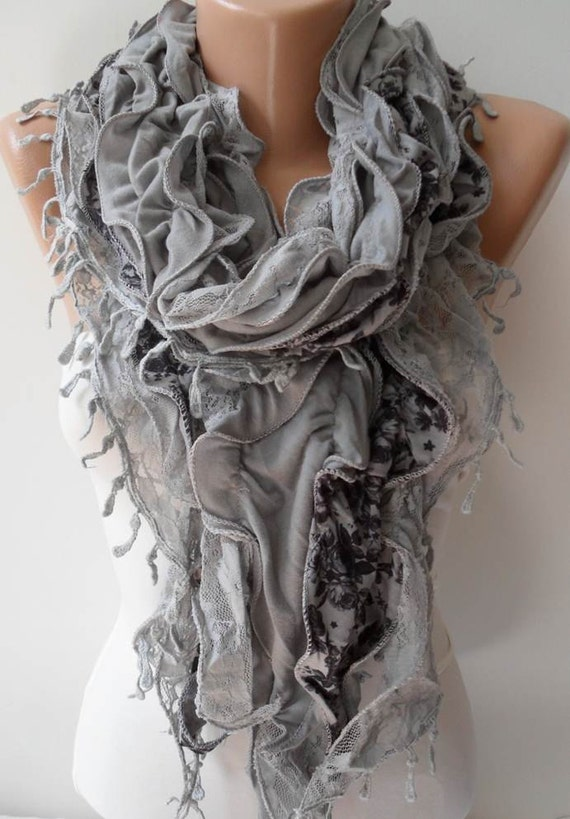 Trendy- Light Grey Lace and Cotton Ruffle Scarf