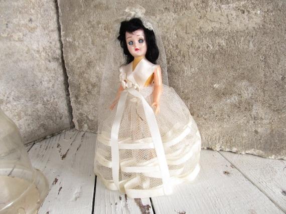Bride Doll / Wedding Dress Veil / Black Hair Blinking Eyes / Pretty Lady / Hard Plastic Collectible Doll / epsteam