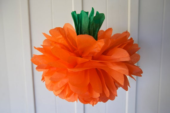 PUMPKIN / 1 Tissue Paper Pom / Halloween Party Decor / Hanging or Table Centerpiece / Thanksgiving Decoration / Classroom Decor / SHIPS FAST
