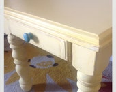 Yellow Distressed side tabel