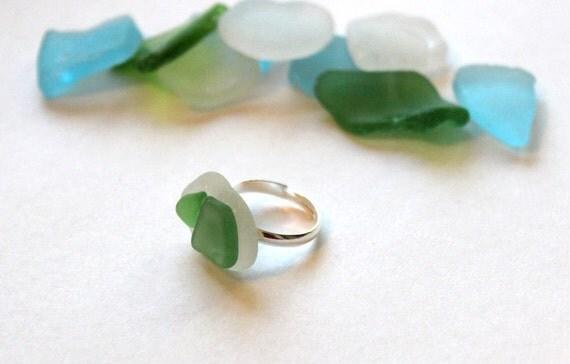 Layered Seaglass Ring - Green & White - Beachy