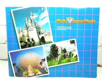 Walt Disney World Vintage Book. A Pictorial Souvenir Featuring The Magic Kingdom and EPCOT. Circa 1984. Family Gift. Disney Geek. Disneyana.