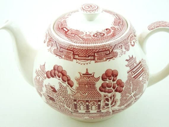 Red Transferware Teapot-Vintage Alfred Meakin-Old Willow Pink Pattern-Holiday Table-For Her-Chinoiserie-Anglophile Gift-Made in England