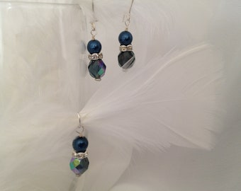 Earring and Pendant Set in Navy Blue Crystal and Pearl with Sparkling Accents for Everyday Glamor