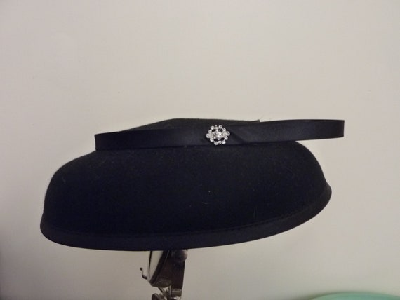 Womens Vintage Hat - 1960s Black Hat - Vintage 1960s Accessories - The Jackie - Spring Racing Carnival