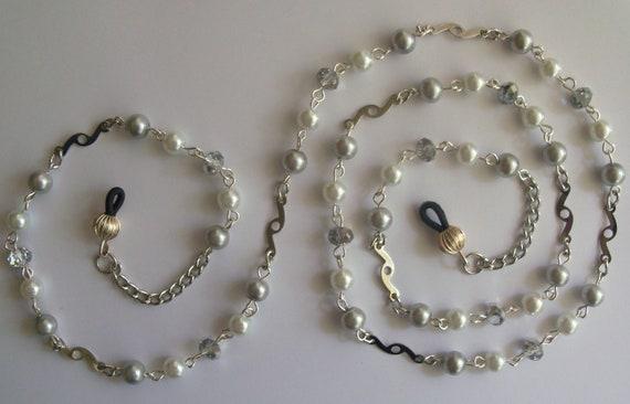 EYEGLASS HOLDER, Eye Glass Chain, Silver Plated Chain,  Handmade Eye Glass Custom Lanyard