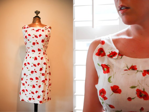 Vintage 1950s Floral Wiggle Dress / 50's Red Blossom White Linen Dress / PINUP Style / Medium
