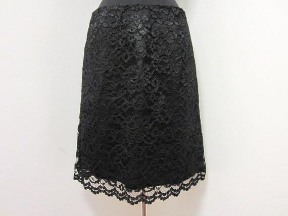 1980s Black Lace Pencil Skirt - Formal Cocktail - Goth Dark Noir - Size 8