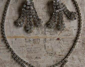 Rhinestone Necklace And Chandelier Earrings Set