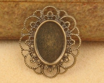 6 Antique Brass 25x18mm Oval Settings - So Pretty