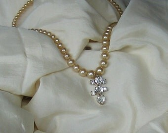 Vintage Pearl and Rhinestone Necklace