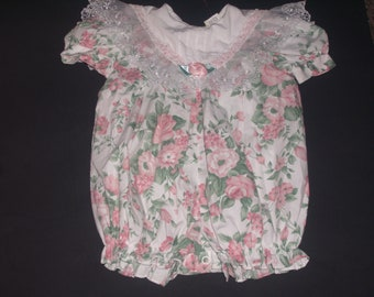 Girls 12 mos roses and lace romper