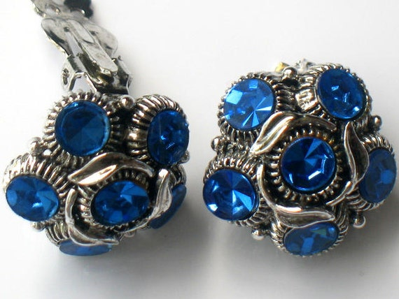 Vintage WEISS Blue Earrings Rhinestone Sapphire Silver Clip On Signed 1950s Vintage Collectable Jewelry Blue