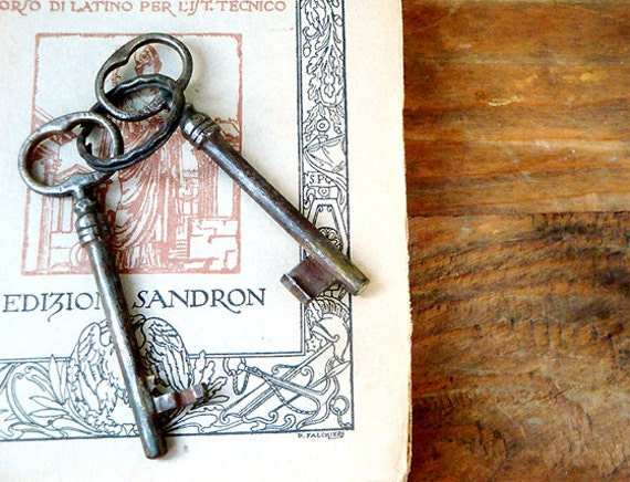 Two Italian Antique Keys, Skeleton Vintage Keys for Home Decor , Wedding Decor