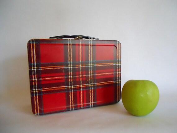 Metal lunch box  red plaid