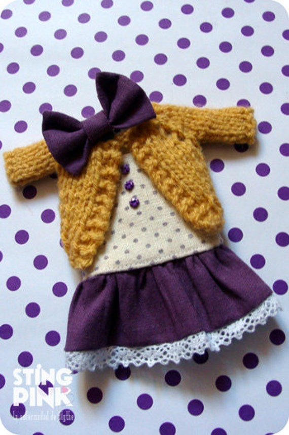 Outfit for Blythe: Purple dress, bow and Sweater. (Japanese fabric - Argentina wool ).