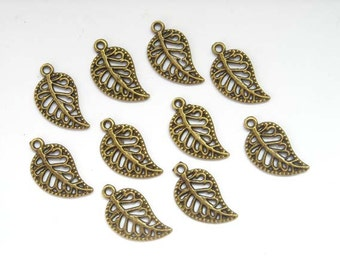 10 Antique Bronze Small Leaf Charms - 21-48-3