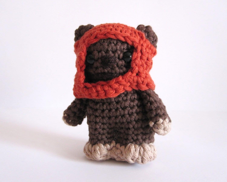Ewok Crochet Amigurumi : Ewok inspired amigurumi. Star Wars Softy. Star wars plush