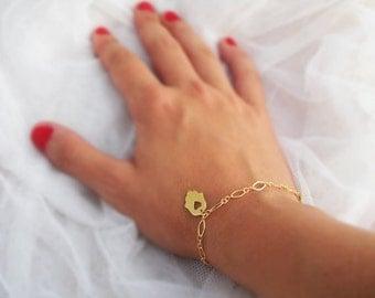 Gold bracelet, hamsa bracelet,  hamsa jewelry, heart bracelet, filigree bracelet, bridesmaid jewelry, everyday bracelet, wedding