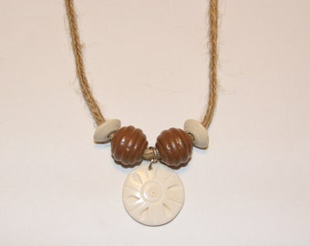 Hemp necklace with wooden beads