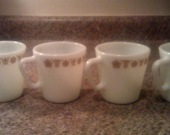 Set Of Four Vintage Pyrex Butterfly Gold Pattern Milk Glass Mugs