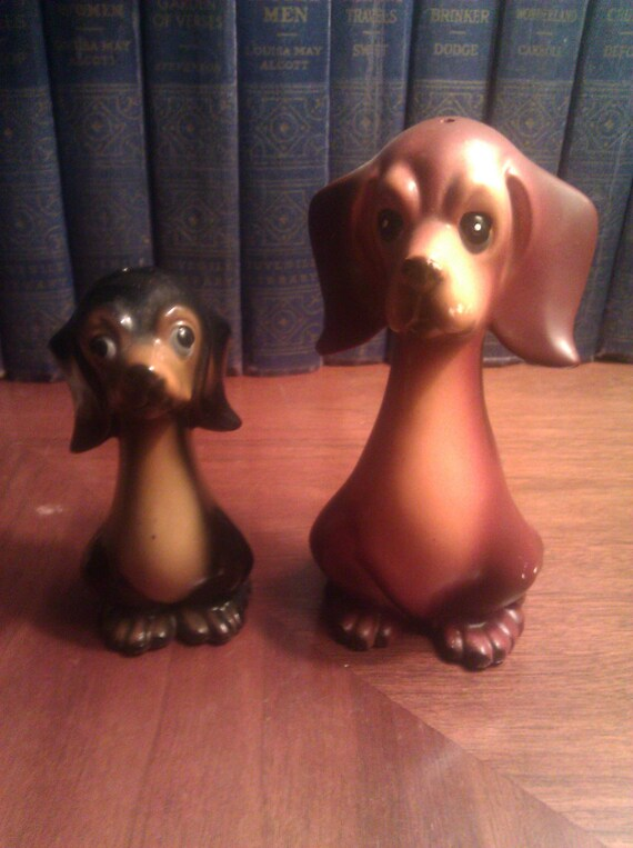 Vintage Midcentury Dachshund Salt & Pepper Shakers - 1950s Japan