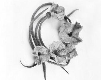Felted Collar Felt Necklace Gray Flower Felt Jewerly nunofelt Nuno felt collar Art deco silk Fiber Art boho