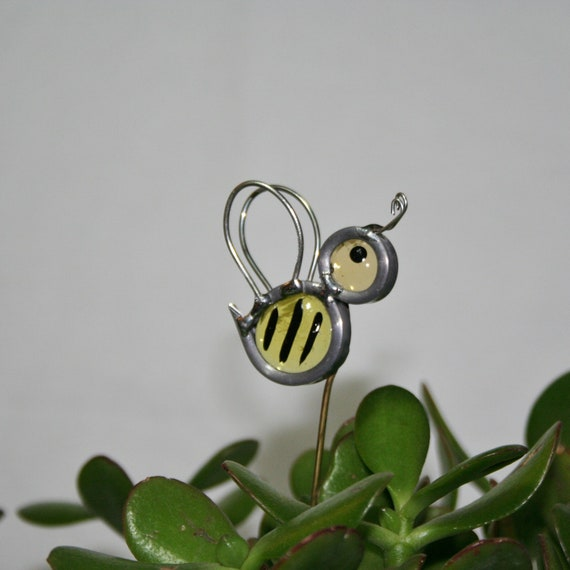 Stained Glass Bumble Bee Plant Stake