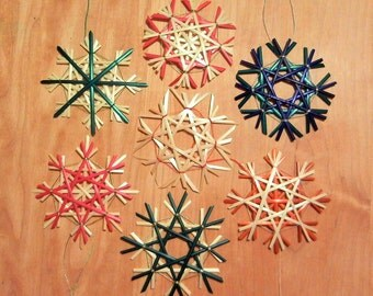 Set of 4 Traditional German Straw Star or Snowflake Ornaments - 2.75 in - natural and colored - 25% off - item 5-1003