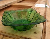 Beautiful Vintage Green Glass Candy Dish