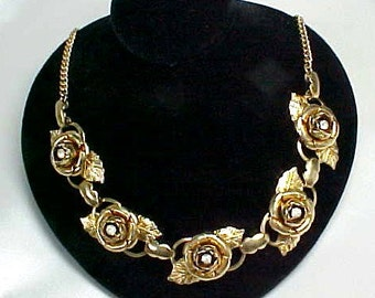 Mid-Century Rhinestone Floral Rose Necklace