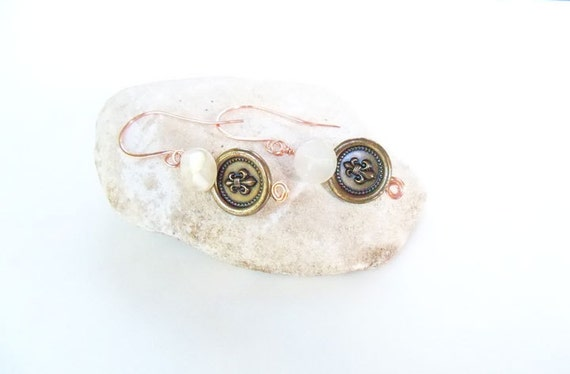 30% off... regular 15.00 on sale for 10.50... Copper earwires with vintage buttons dangle earrings