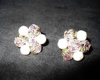 Vintage Yellow Aurora Borealis Beads with Gold Filigree Setting and White Pearl Clipback Earrings