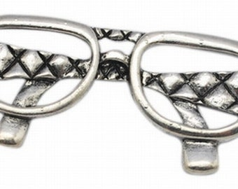 1PC Antique Silver Glasses Pendant