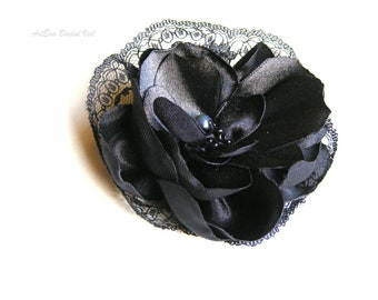 Vintage black lace head piece, bridal veil or hat accessory, black and white wedding