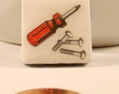 Hand Tools - ceramic magnet. Set of 2