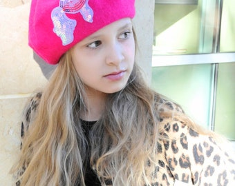Pink wool beret, pink hat, holiday beret, pink girl beret, pink winter beret, pink sequin appliqué.