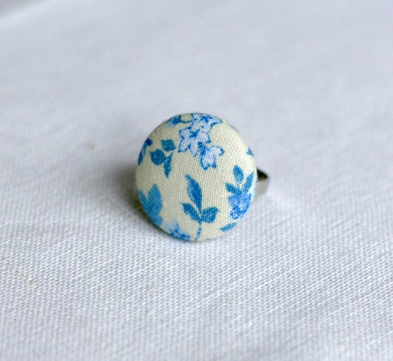 Blue & Cream Floral Fabric Covered Button Ring